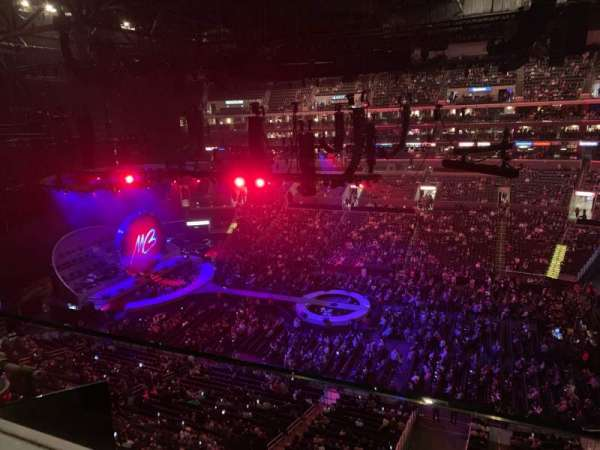 Staples Center, secção: 317, fila: 1, lugar: 1
