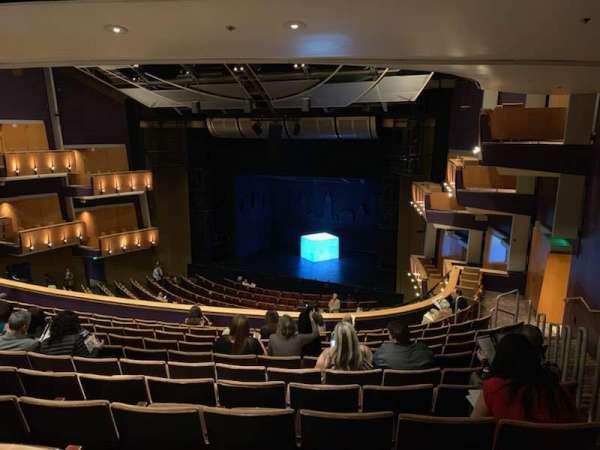 Ahmanson Theatre, secção: Mezz Right, fila: L, lugar: 1