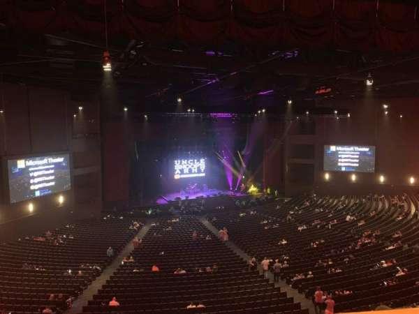 Microsoft Theater, secção: Lower Mezz Left, fila: C, lugar: 501