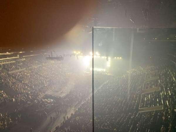 Staples Center, secção: 306, fila: 1, lugar: 1
