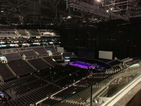 Staples Center, secção: 303, fila: 1, lugar: 14