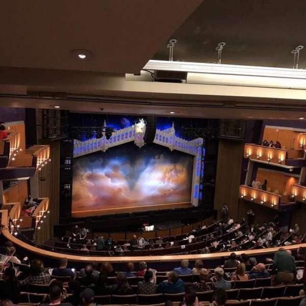 Ahmanson Theatre, secção: Mezzanine, fila: L, lugar: 38