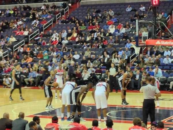 Capital One Arena, secção: 102, fila: J, lugar: 5