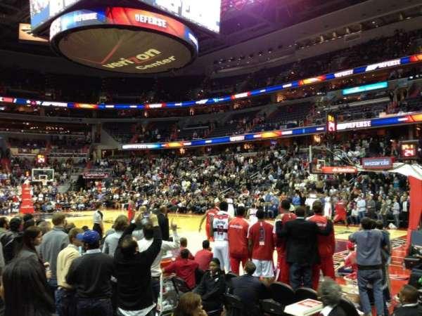 Capital One Arena, secção: 102, fila: B, lugar: 5