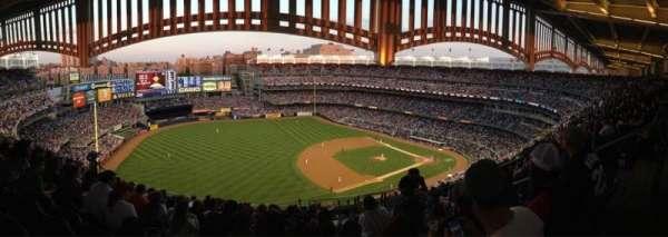 Yankee Stadium, secção: 428, fila: 13, lugar: 3