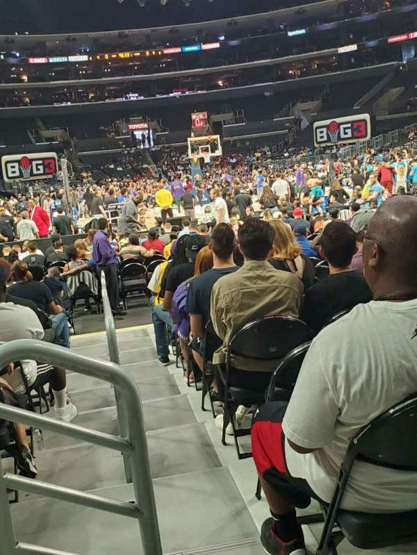 Staples Center, secção: 116, fila: 3 , lugar: 9