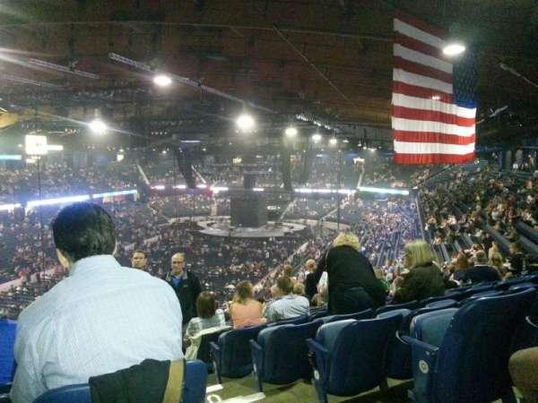 Allstate Arena, secção: 213, fila: S, lugar: 49