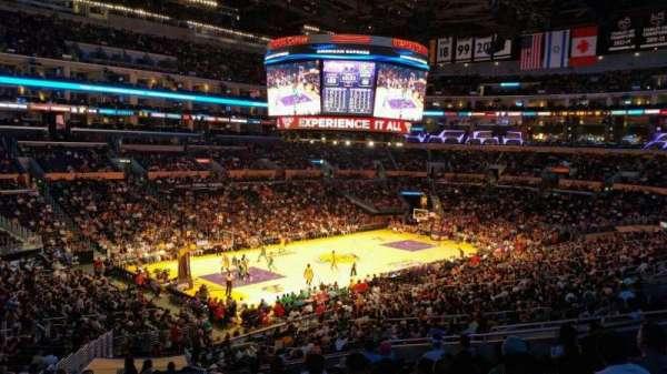 Staples Center, secção: PR9, fila: 12, lugar: 1