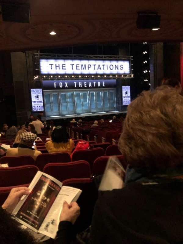 Imperial Theatre, secção: Orchestra L, fila: R, lugar: 7