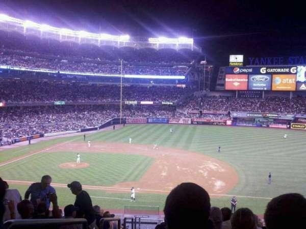 Yankee Stadium, secção: 214b, fila: 14, lugar: 20
