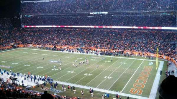 Broncos Stadium at Mile High, secção: 331, fila: 18, lugar: 5
