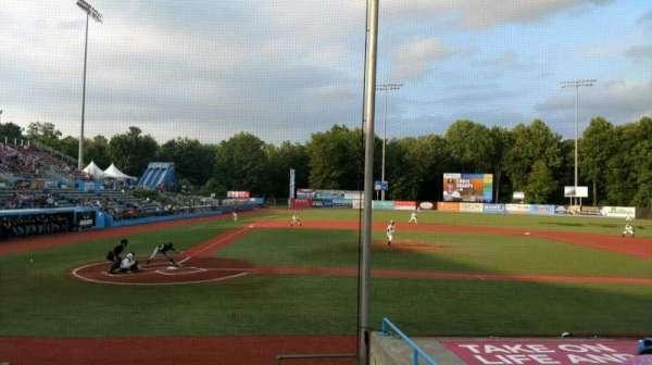 Dutchess Stadium, secção: 104, fila: H, lugar: 14