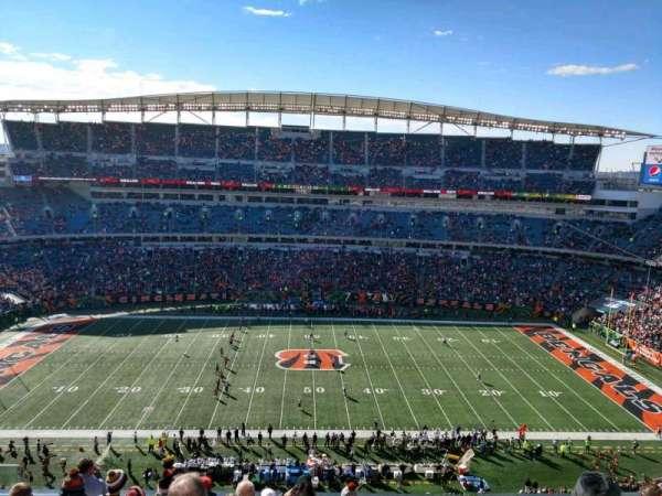 Paul Brown Stadium, secção: 340, fila: 8, lugar: 16