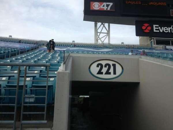 TIAA Bank Field, secção: 221, fila: A, lugar: 1
