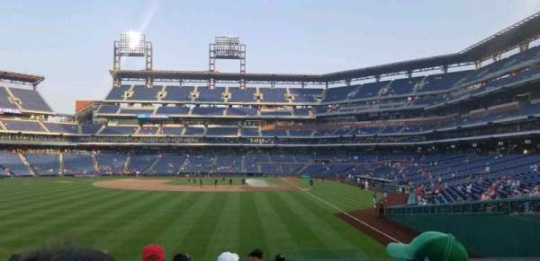 Citizens Bank Park, secção: 142, fila: 10, lugar: 3