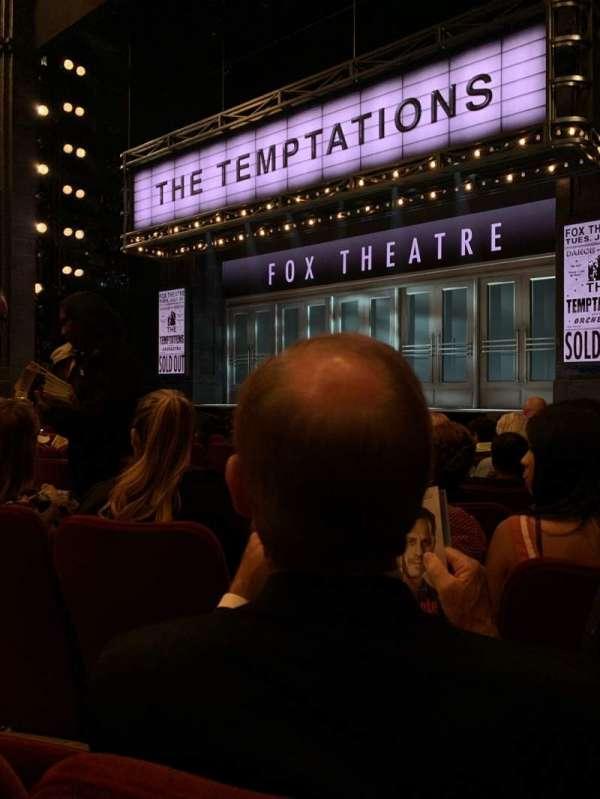 Imperial Theatre, secção: Orchestra R, fila: F, lugar: 10