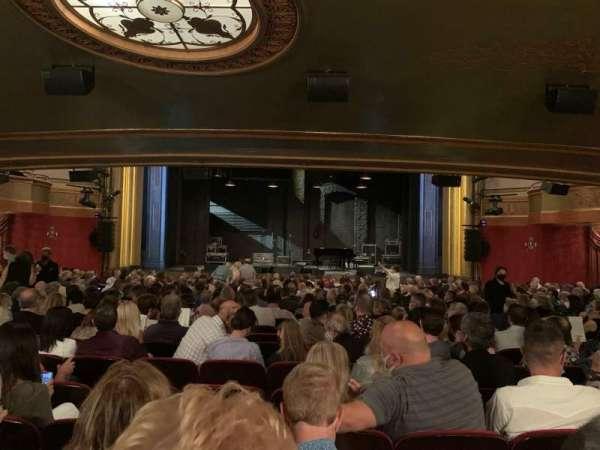 St. James Theatre, secção: Orchestra C, fila: T, lugar: 103