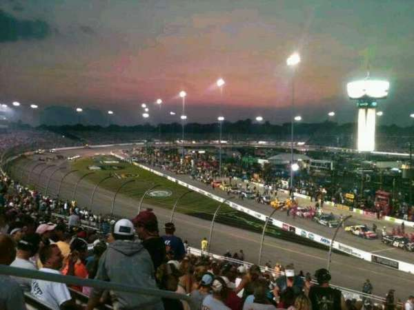 Richmond International Raceway, secção: Veranda D, fila: 20, lugar: 3