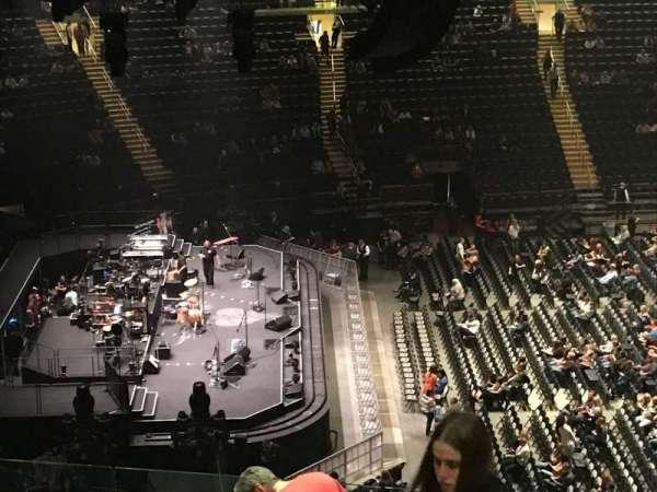 Madison Square Garden, secção: 222, fila: 12, lugar: 21