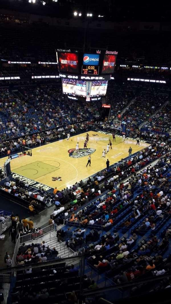 Smoothie King Center, secção: 321, fila: 2, lugar: 2