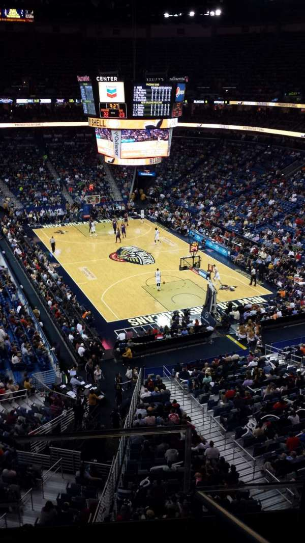 Smoothie King Center, secção: 327, fila: 2, lugar: 2