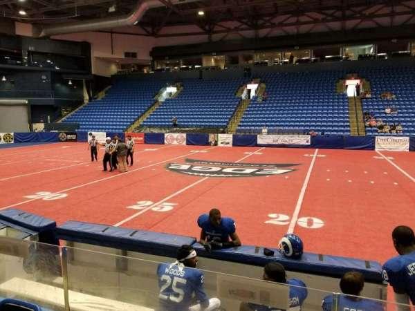 Grossinger Motors Arena, secção: 103, fila: E, lugar: 3