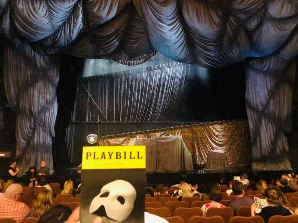Majestic Theatre, secção: Orchestra C, fila: J, lugar: 104
