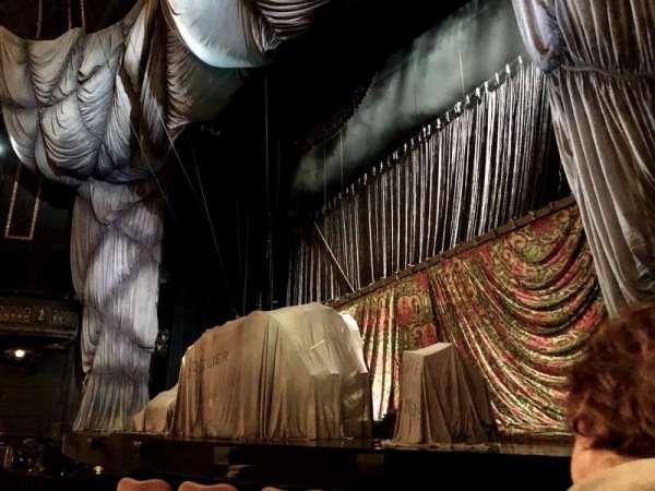 Majestic Theatre, secção: Orchestra R, fila: B, lugar: 14