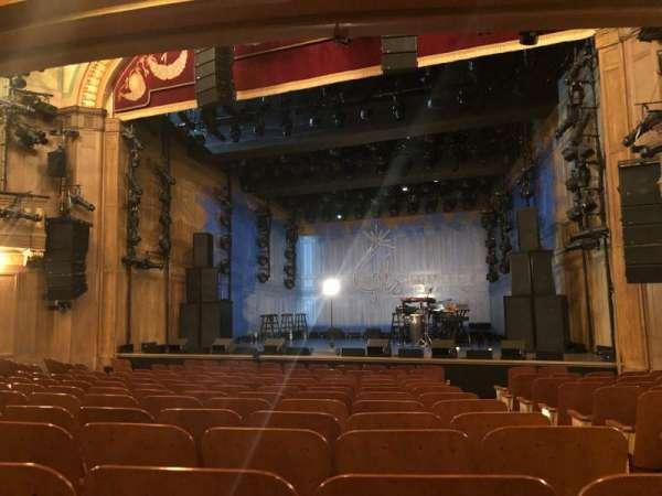 Booth Theatre, secção: Orchestra , fila: L, lugar: 119
