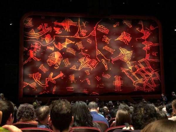 Minskoff Theatre, secção: Orchestra C, fila: T, lugar: 108