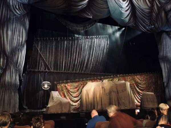 Majestic Theatre, secção: Orchestra L, fila: E, lugar: 1