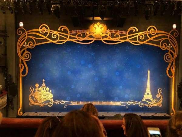 Broadhurst Theatre, secção: Mezzanine C, fila: C, lugar: 106