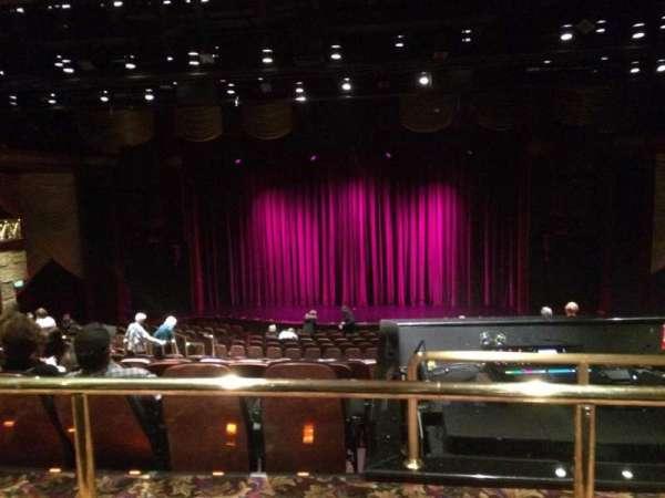 Eldorado Theatre, secção: 20, fila: U, lugar: 11