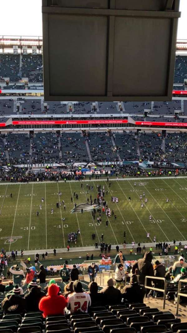 Lincoln Financial Field, secção: 224, fila: 30, lugar: 7,8,9