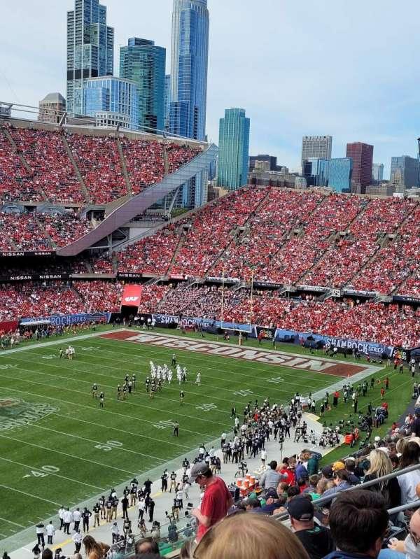 Soldier Field, secção: 315, fila: 15, lugar: 18