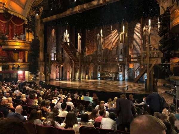 Richard Rodgers Theatre, secção: Orchestra R, fila: M, lugar: 20
