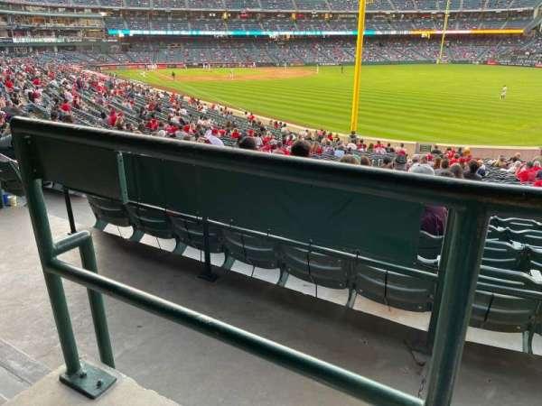 Angel Stadium, secção: T231, fila: A, lugar: 15