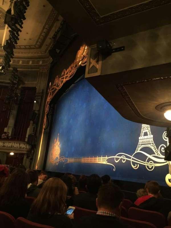 Broadhurst Theatre, secção: Orchestra R, fila: F, lugar: 22
