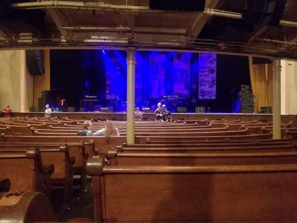 Ryman Auditorium, secção: MF-3, fila: S, lugar: 12