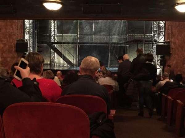 August Wilson Theatre, secção: Y, fila: X, lugar: 1