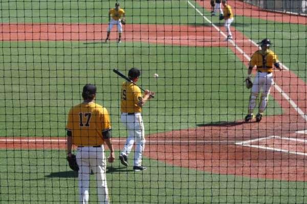 Frank Myers Field, secção: GA, fila: GA, lugar: GA