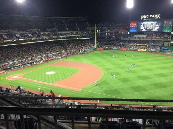 PNC Park, secção: 305, fila: H, lugar: 17