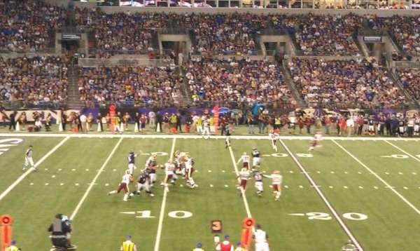 M&T Bank Stadium, secção: 102, fila: 30, lugar: 19