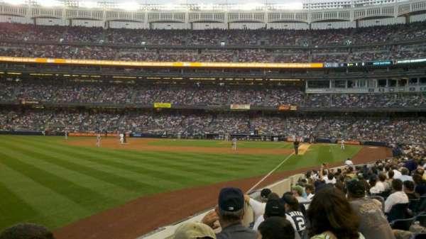 Yankee Stadium, secção: 131, fila: 13, lugar: 14