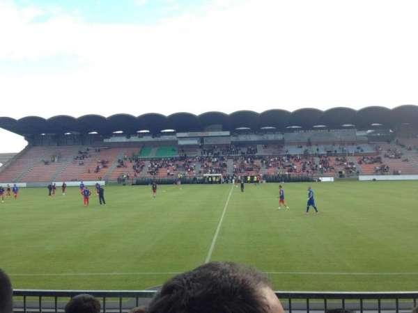 Stade Raymond Kopa, secção: St Léonard centrale, fila: Esc6 Rang D, lugar: 104