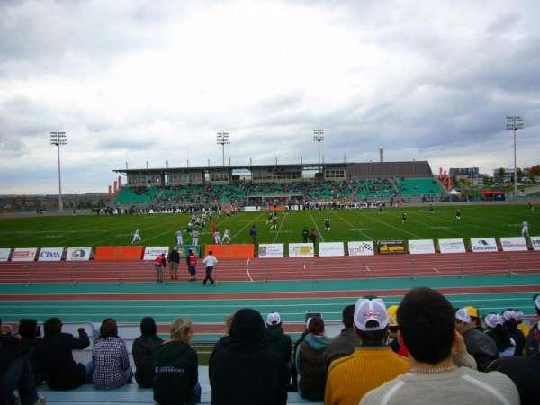 Stade de l'université de Sherbrooke, secção: SUD JJ, fila: G, lugar: 53