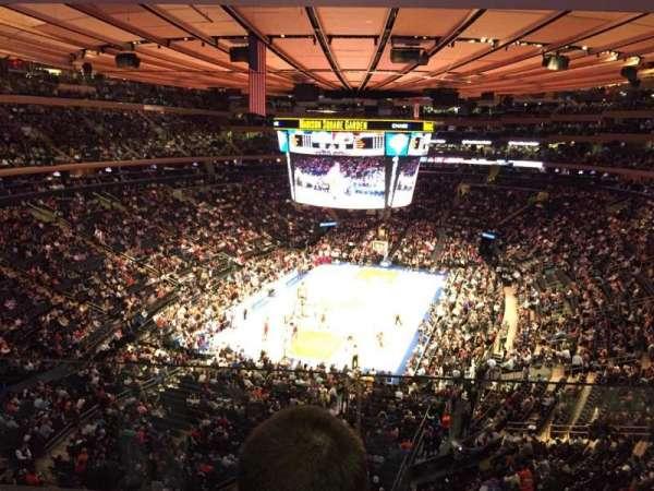 Madison Square Garden, secção: 417, fila: 2, lugar: 7