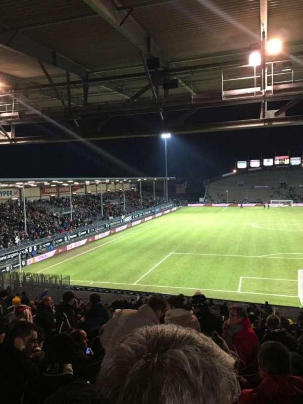 Stade Raymond Kopa, secção: Coubertin D, fila: AE, lugar: 108