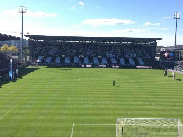 Stade Raymond Kopa, secção: Colombier, fila: Haute