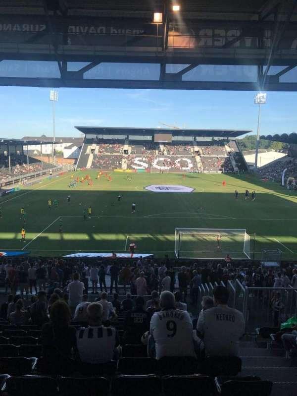 Stade Raymond Kopa, secção: Coubertin, fila: AD, lugar: 110